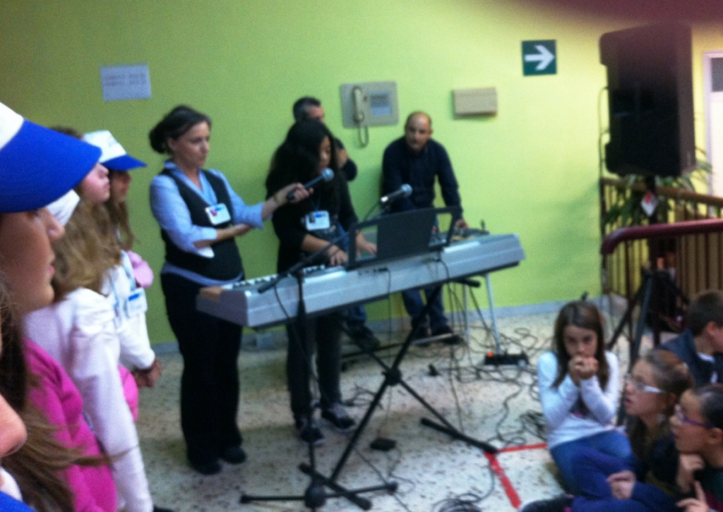 Comenius Song - Lyrics from  1st Primary School of Itea,  Greece